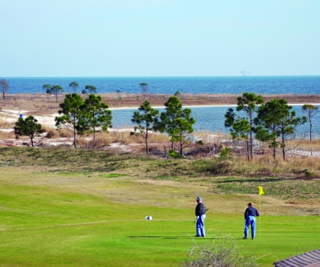 Waterfront golf course in Dauphin Island.